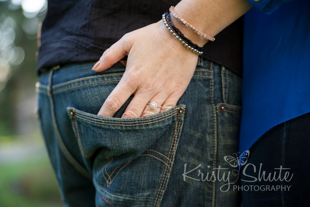 Kristy Shute Photography Engagement Victoria Park Hand in Pocket