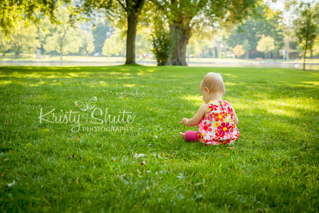 Kristy Shute Photography Victoria Park Kitchener Waterloo Family Photo Session