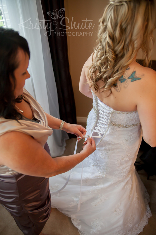 Kristy Shute Photography Kitchener Waterloo Wedding Golf's Steakhouse