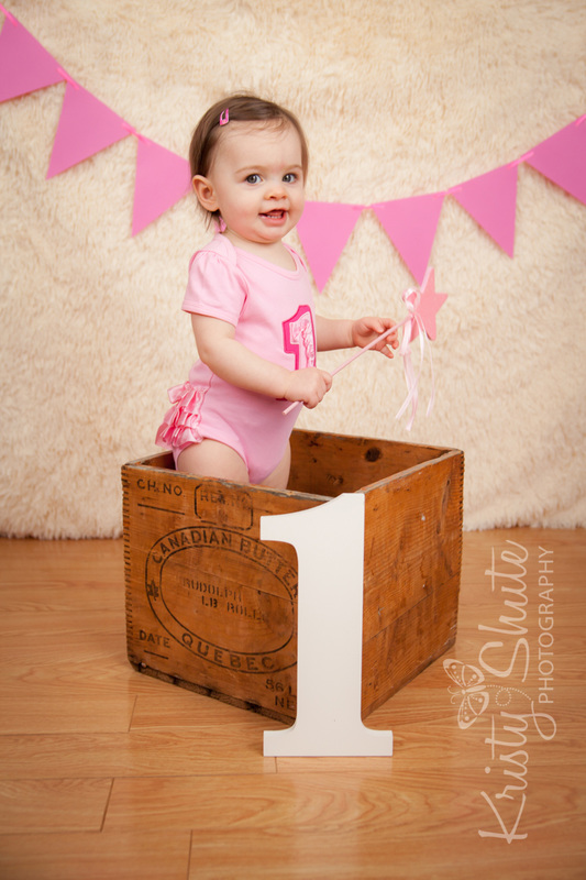 Kristy Shute Photography One Year Old Kitchener