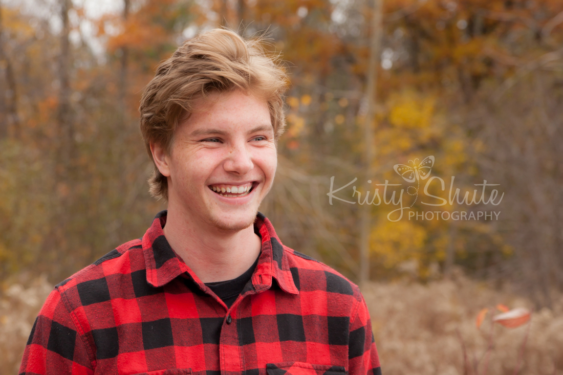 Kristy Shute Photography; Huron Natural Area Kitchener; Fall Family Photo Session