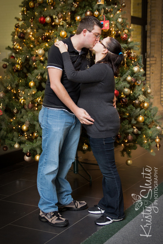 Winter Maternity Photography Kristy Shute Tannery