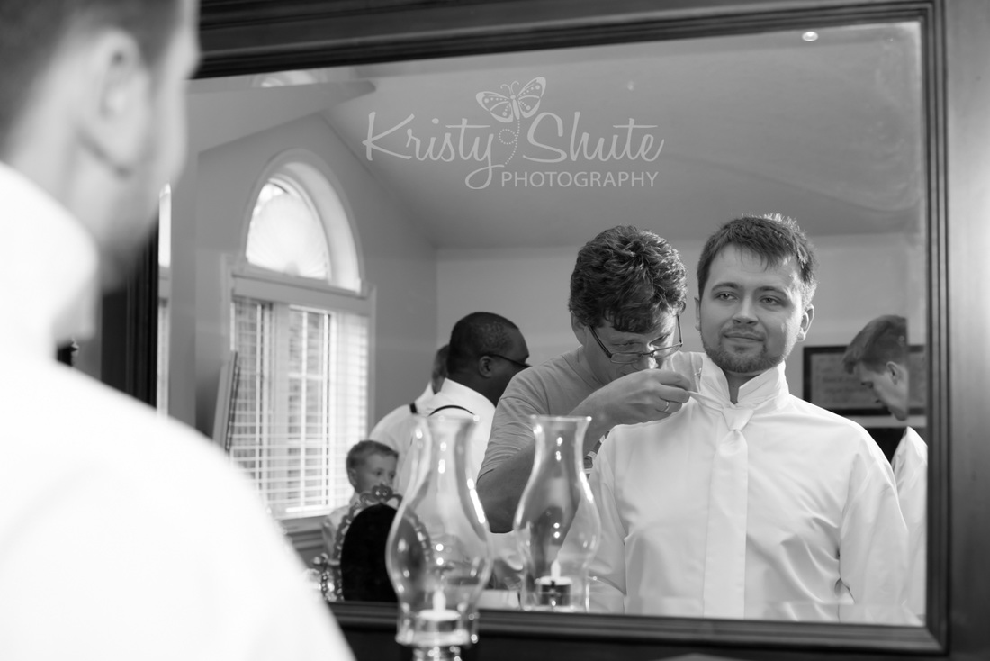 Kristy Shute Photography Kitchener Waterloo Wedding Golf's Steakhouse Katie Anne Photography