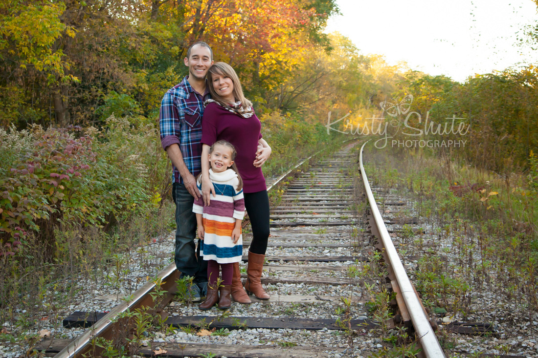 Kristy Shute Photography, Kitchener Fall Family Photography, Victoria Park, Train Tracks